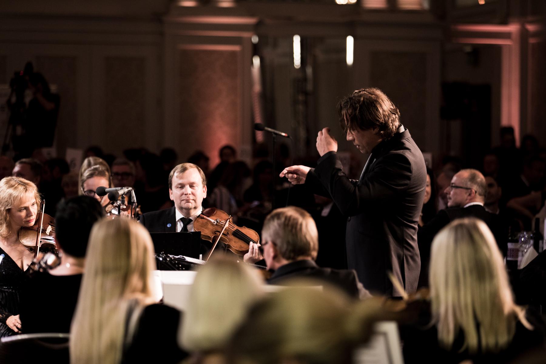 Kristjan Järvi conducts the Estonian National Symphony Orchestra