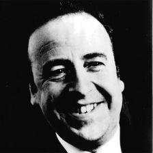 Baritone Derek Hammond-Stroud has died, aged 86 (photo: ENO)