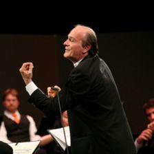 New Camerata conductor Gábor Takács-Nagy (Photo: Aline Paley)