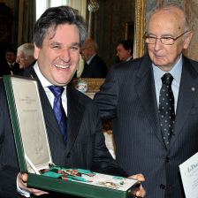Sir Antonio Pappano receives his Italian knighthood from President of the Italia