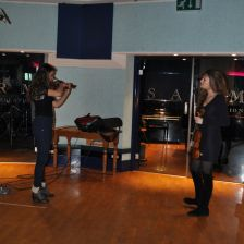 Laura Ayoub performs her piece to Nicola Benedetti at the studio