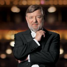 Sir Andrew Davis becomes the Melbourne Symphony Orchestra's new chief conductor