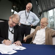 Sealing the deal: Zehetmair watches as the contract is confirmed