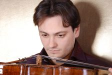 Viola player Maxim Rysanov (photo Irina and Pavel Kozhevnikov)