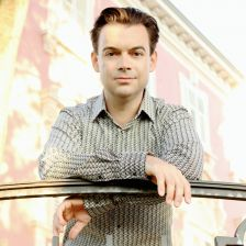 Pianist Dejan Lazic explores the genius of Liszt