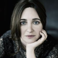 Simone Dinnerstein (photo: Lisa-Marie Mazzucco)
