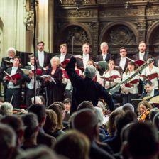Sir John Eliot Gardiner conducts the Monteverdi Choir