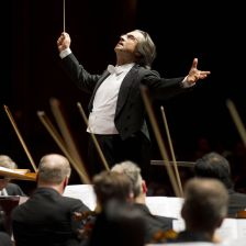 Riccardo Muti receives Praemium Imperiale Award (Photo: Todd Rosenberg, Courtesy of RMMusic)