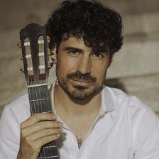 Sony Classical signs guitarist Pablo Sáinz-Villegas (photo: Ruben Martin)