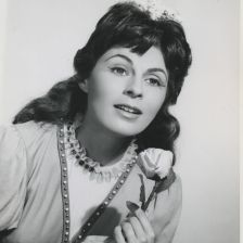 Roberta Peters as Gilda in Rigoletto at the Met (photo: The Met / Louis Melancon