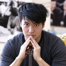 Ray Chen signs to Sony (photo: Juliya Smolnikova)