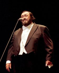 Luciano Pavarotti (Ponopresse Internationale/Rex Features)