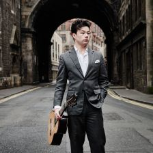 Sean Shibe discusses English guitar music on the latest Gramophone podcast