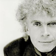 Sir Simon Rattle (photo Mat Hennek/EMI)