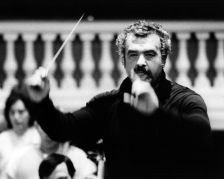 Walter Weller, the Austrian conductor, has died aged 75 (Tully Potter Collection)