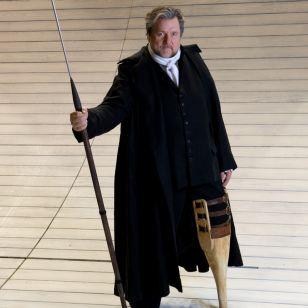 Ben Heppner as Ahab (photo: Karen Almond)